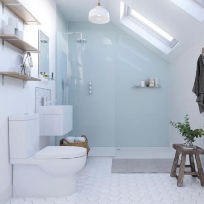 Aqua Ice Showerwall in a bathroom
