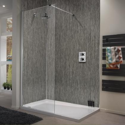 Lineal Smoke Showerwall in a bathroom
