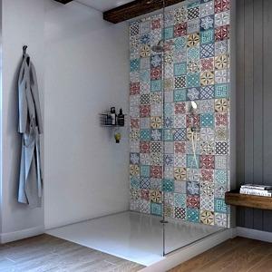 Moroccan Acrylic Showerwall in a bathroom
