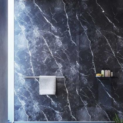 Phantom Marble Showerwall used in a bathroom.